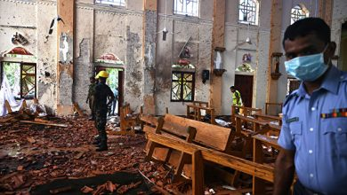 Photo of Телеведущий нашел связь между терактами вШри-Ланке ипожаром вНотр-Даме