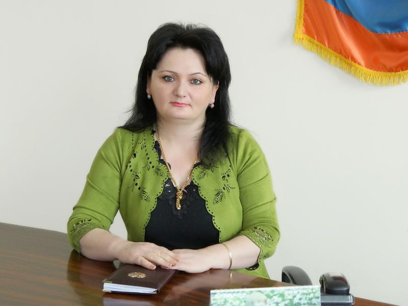 Photo of Обвиняемая в принятии взятки директор Гюмрийской школы № 27 освобождена