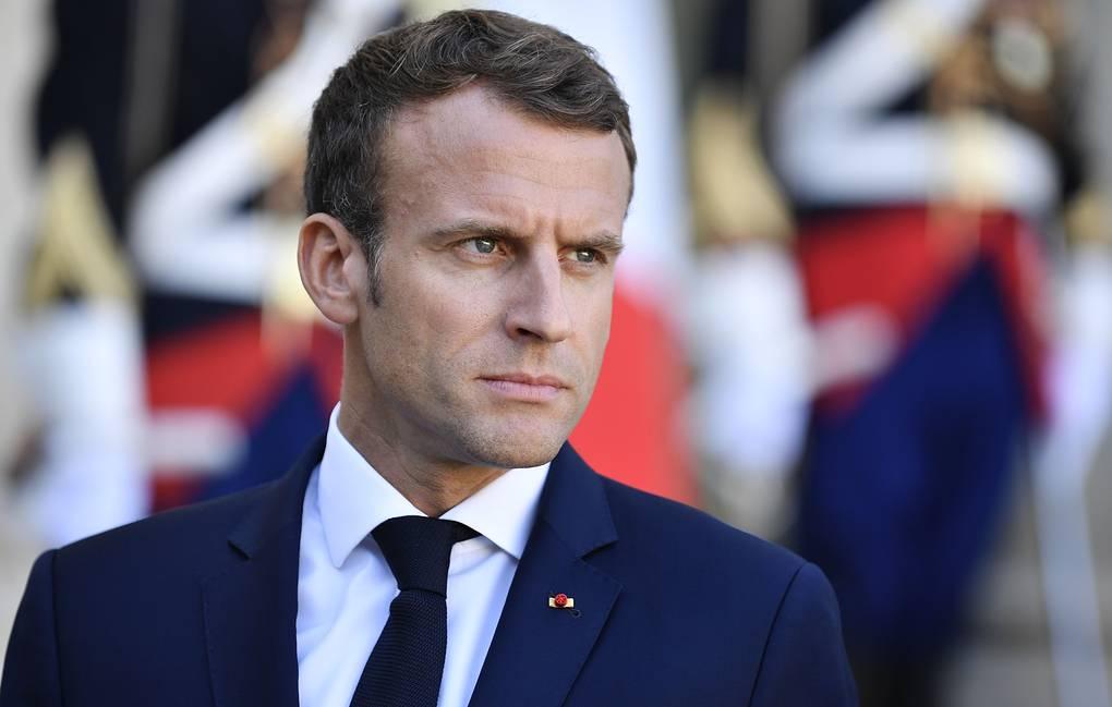 Photo of СМИ: Макрон отложил обращение к нации из-за пожара в соборе Парижской Богоматери