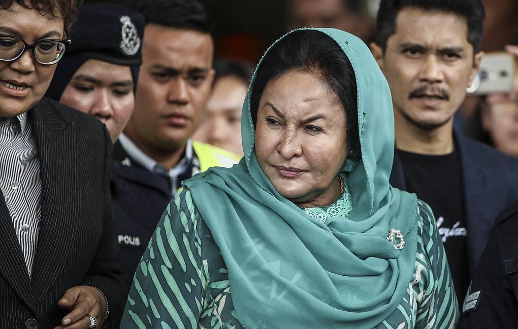 Photo of Полиция Малайзии доказала незаконную покупку супругой экс-премьера украшения за $23 млн