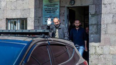 Photo of «Закройте дверь, мы остаемся в тюрьме, или некоторые подробности отставки Сержа», — спикер Парламента РА Арарат Мирзоян