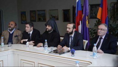 Photo of Արարատ Միրզոյանի գլխավորած պատվիրակությունը հանդիպել է Սանկտ Պետերբուրգի հայ համայնքի ներկայացուցիչների հետ