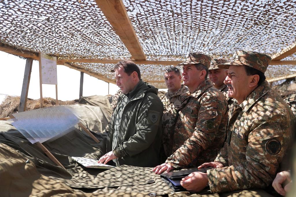 Photo of ՀՀ պաշտպանության նախարարն այցելել է հյուսիսարևելյան սահմանագոտի