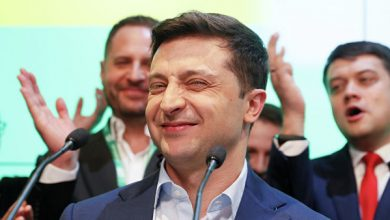 Photo of Зеленский начал искать преподавателя украинского языка