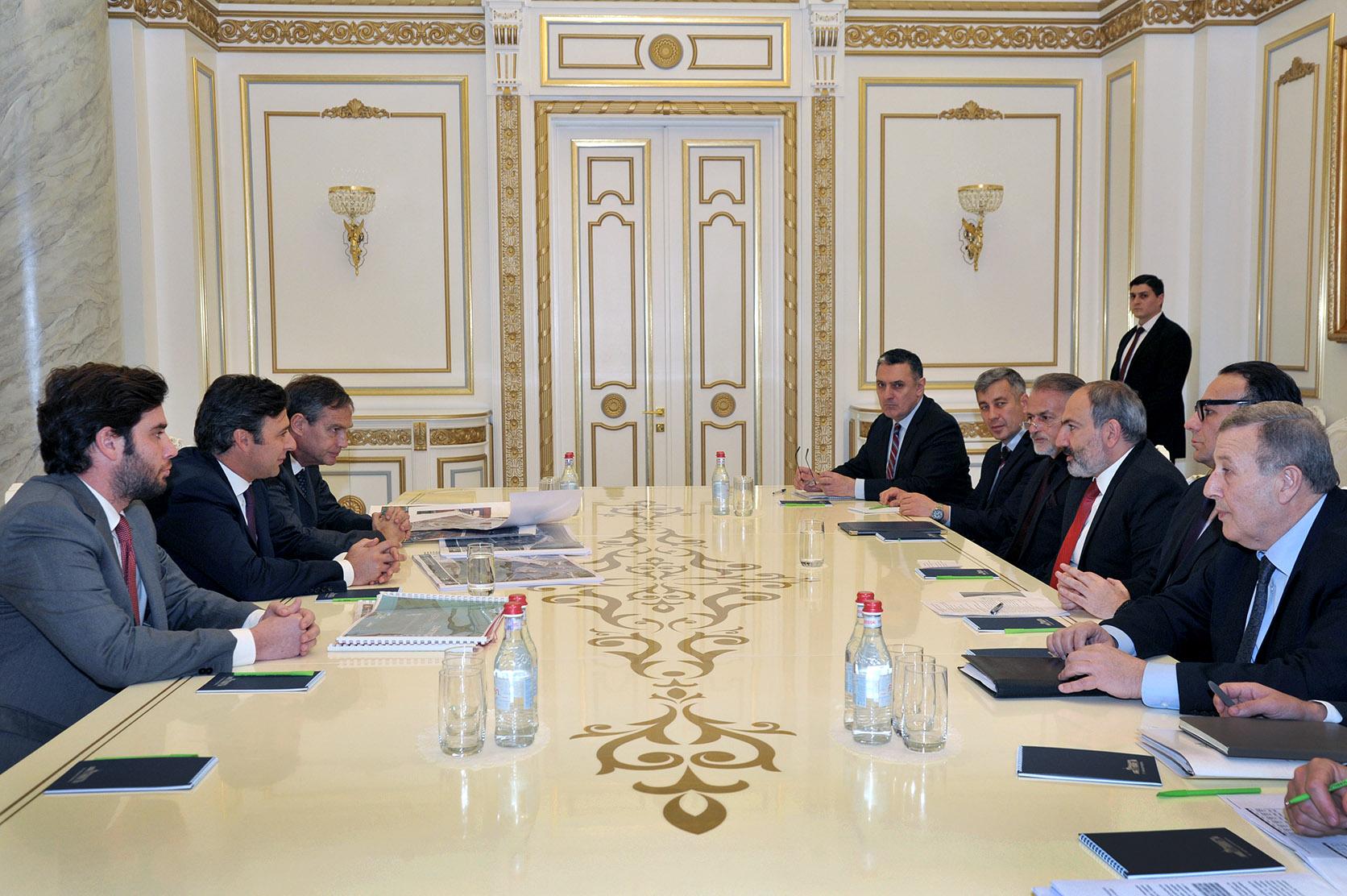 Photo of ՀՀ վարչապետն ընդունել է Մարտին Էռնեկյանին