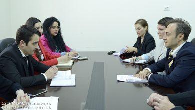 Photo of Տիգրան Խաչիկյանն ընդունել է ԿԽՄԿ հայաստանյան պատվիրակության Պաշտպանական բաժնի նորանշանակ համակարգողին