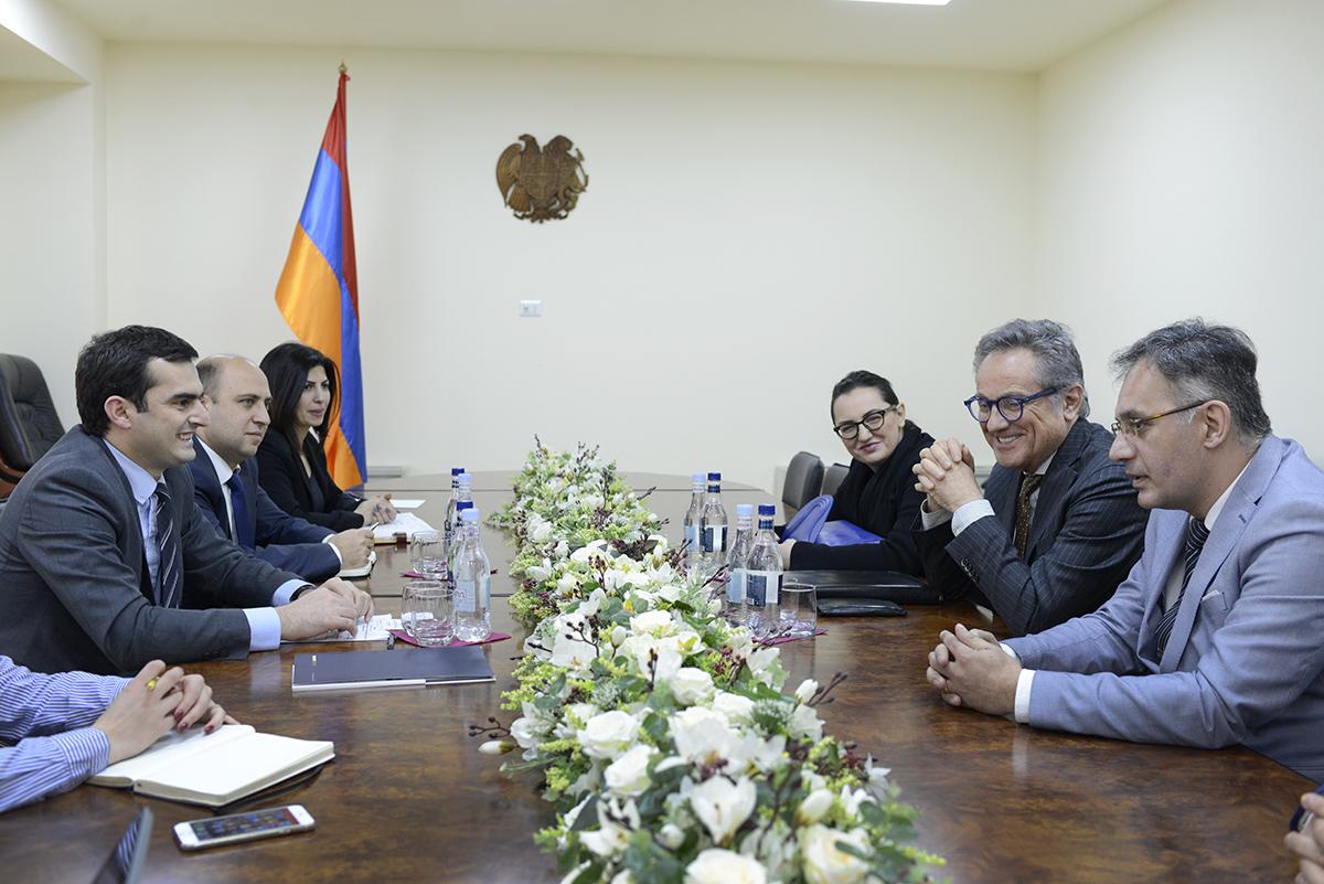 Photo of Իտալական կազմակերպությունը հետաքրքրված է Հայաստանում ճանապարհաշինական  ծրագրերով