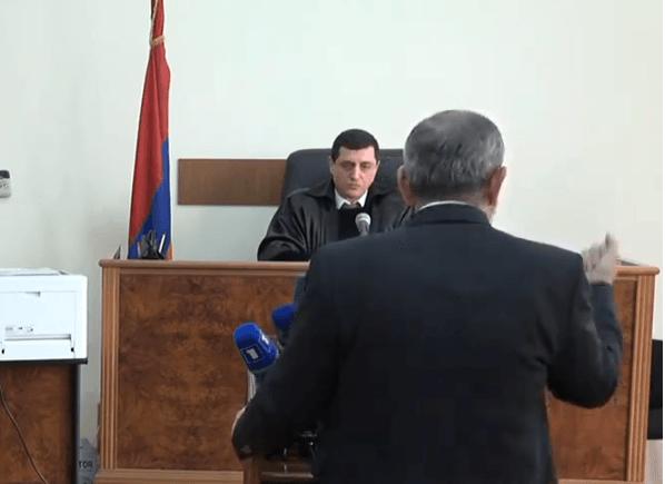 Photo of Նիկոլ Փաշինյանը դատարանում է վկայի կարգավիճակով