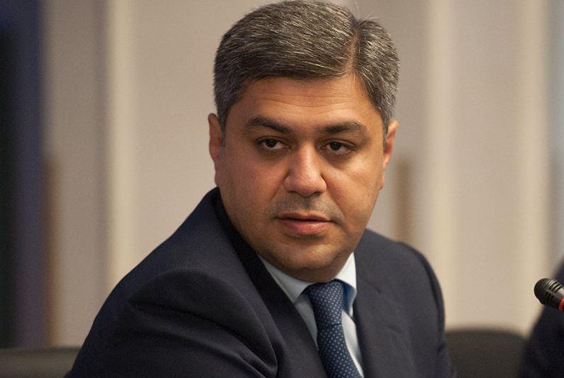 Photo of Председатель ФФА Артур Ванецян присоединился к инициативе фонда «Гюмри без домиков»