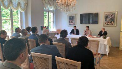 Photo of В Страсбурге состоялась презентация франкоязычной книги «Хронология Армянской революции»