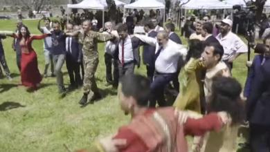 Photo of В Шуши Пашинян неожиданно присоединился к танцорам