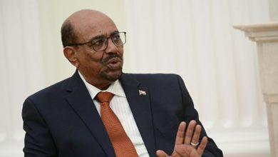 Photo of Экс-президент Судана признал себя виновным в коррупции, сообщили СМИ