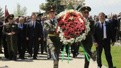 Photo of ՀՀ ՊՆ, ԶՈՒ և ԶՈՒ ԳՇ ղեկավար կազմն այցելել է «Եռաբլուր» զինվորական պանթեոն
