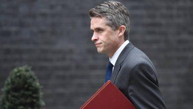 Photo of Министра обороны Великобритании отправили в отставку из-за утечки секретной информации