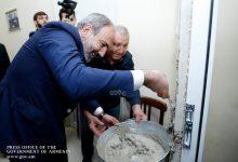 Photo of Վարչապետը նորոգեց Հանրային ռադիոյի կոտրված դուռը