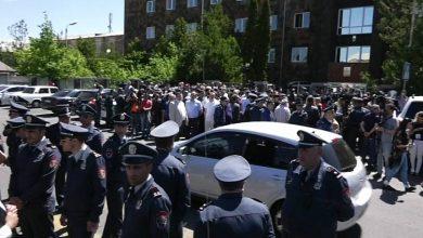 Photo of Ոստիկանական խմբեր են կուտակվում Քոչարյանի գործը քննող դատարանի մոտ. բողոքի ակցիաներ են նախապատրաստվում