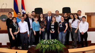 Photo of Արցախի ԱԺ-ում հյուրընկալվել են մի խումբ մագիստրոսներ