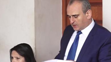 Photo of Դատարանը դռնբաց նիստում քննում է Մանվել Գրիգորյանի և կնոջ խափանման միջոցի հիմնավոր լինելու հարցը. ուղիղ