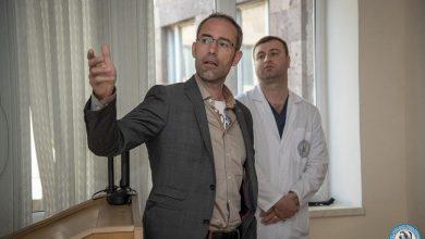 Photo of Միքայելյան վիրաբուժության ինստիտուտը հյուրընկալել էր գերմանացի վիրաբույժին