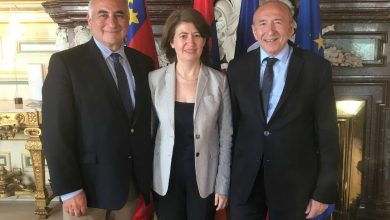 Photo of Դեսպան Հասմիկ Տոլմաջյանի հանդիպումը Լիոնի քաղաքապետի հետ