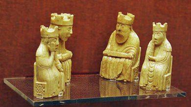 Photo of Житель Эдинбурга нашел шахматную фигуру работы средневековых мастеров