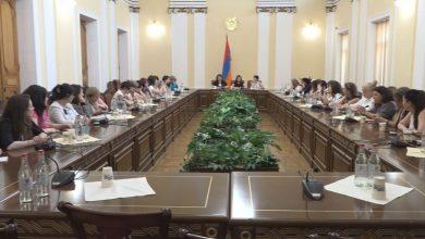 Photo of Представители гражданских обществ разных стран в  Парламенте РА