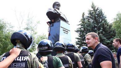 Photo of В Украинском институте нацпамяти объяснили снос бюста Жукова в Харькове