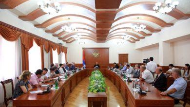 Photo of Совещание по вопросам проведения в Арцахе 7-ых Всеармянских летних игр