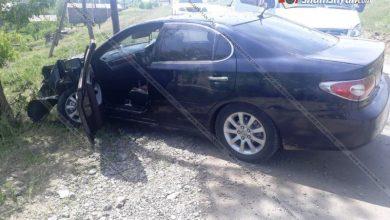Photo of Շիրակի մարզում 33-ամյա վարորդը Toyota Windom–ով բախվել է հաստաբուն ծառին. կան վիրավորներ