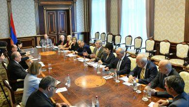 Photo of Արմեն Սարգսյանը հանդիպել է Հայաստանի տեխնոլոգիական ապագային վերաբերող քննարկման մասնակիցներին
