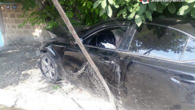 Photo of Ավտովթար Արմավիրի մարզում. 30-ամյա վարորդը Lexus-ով դուրս է եկել ճանապարհի երթևեկելի գոտուց, բախվել ցանկապատին ու հաստաբուն ծառին.. կա վիրավոր