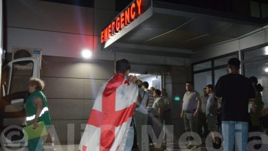 Photo of Վրաստանի խորհրդարանի շենքի մոտից  տասնյակ ցուցարարներ տեղափոխվել են հիվանդանոց