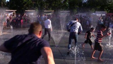 Photo of Զելենսկին Մարիուպոլում քաղաքացիների աչքի առաջ վազել է գործող շատրվանների միջով