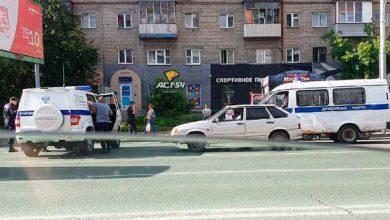 Photo of Նովոսիբիրսկի կենտրոնում հայերի պարզաբանումները. մեքենայի միջից գնդակահարել են ավտոբուսի կանգառում կանգնած գրավատան աշխատակցին