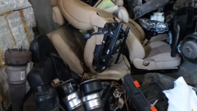 Photo of Ոստիկանները հայտնաբերեցին խաբեությամբ հափշտակված մասնատված «Մերսեդեսները»
