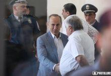 Photo of Ինչպիսին էին դատարաններն իրենց օրոք՝ կարող է պատմել Քոչարյանի պաշտպան Ռուբեն Սահակյանը, ով գործադուլ էր անում