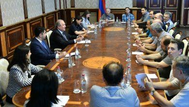 Photo of Արմեն Սարգսյանը հյուրընկալել է մի խումբ ֆիզիկոս գիտնականների