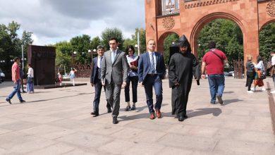 Photo of Սփյուռքի գործերի գլխավոր հանձնակատարն այցելել է Մոսկվայի հայկական եկեղեցական համալիր