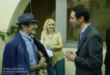Photo of Քաղաքապետարանում հյուրընկալել են «Ոսկե ծիրան» միջազգային փառատոնի կինոգործիչներին