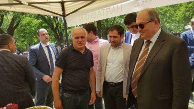 Photo of Արմեն Սարգսյանը մասնակցել է Քարահունջի թթի փառատոնին. նա պարել է փառատոնի մասնակիցների հետ