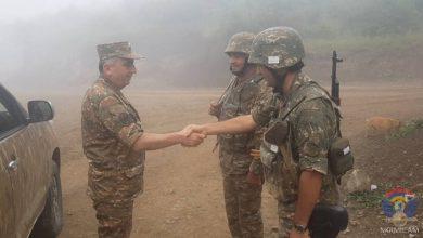Photo of Командующий Армией обороны Арцаха посетил передовую и ряд воинских частей, расположенных в северной части Республики.