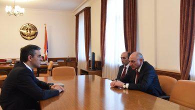 Photo of Մարդու իրավունքների պաշտպան Արման Թաթոյանը աշխատանքային հանդիպում է ունեցել Արցախի նախագահ Բակո Սահակյանի հետ