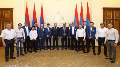 Photo of Никол Пашинян встретился с завоевавшими медали на Вторых Европейских играх спортсменами