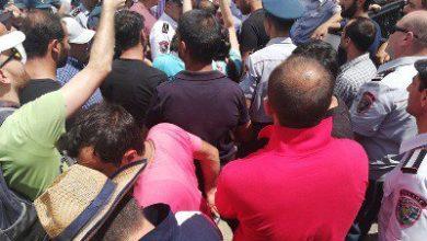 Photo of Լարված իրավիճակ. ոստիկանները փորձում են ձերբակալել Ամուլսարի պաշտպաններին