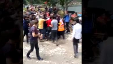 Photo of В Трабзоне толпа напала на туристов, фотографирующихся с шарфами с надписью «Курдистан»