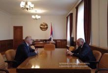 Photo of Բակո Սահակյանն ու Հայկակ Արշամյանը քննարկել են Արցախում տարբեր ծրագրերի իրականացմանը վերաբերող հարցեր