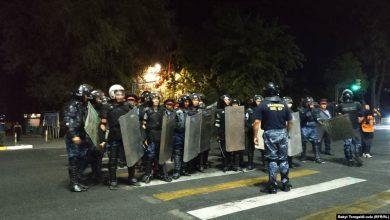 Photo of В Бишкеке милиция разогнала сторонников Атамбаева гранатами