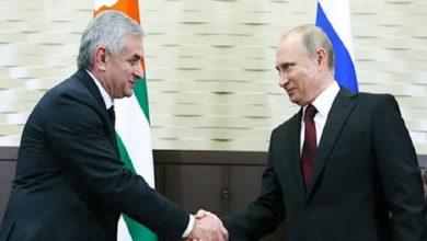 Photo of Путин 6 августа встретится с президентом Абхазии