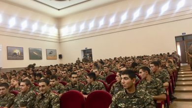 Photo of Հայաստանի պետական սիմֆոնիկ նվագախմբի երաժիշտները ելույթ են ունեցել Արցախում ծառայող զինվորների համար