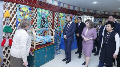 Photo of ՀՀ ԱԺ նախագահը հանդիպել է Մոլդովայի հայ համայնքի ներկայացուցիչների հետ